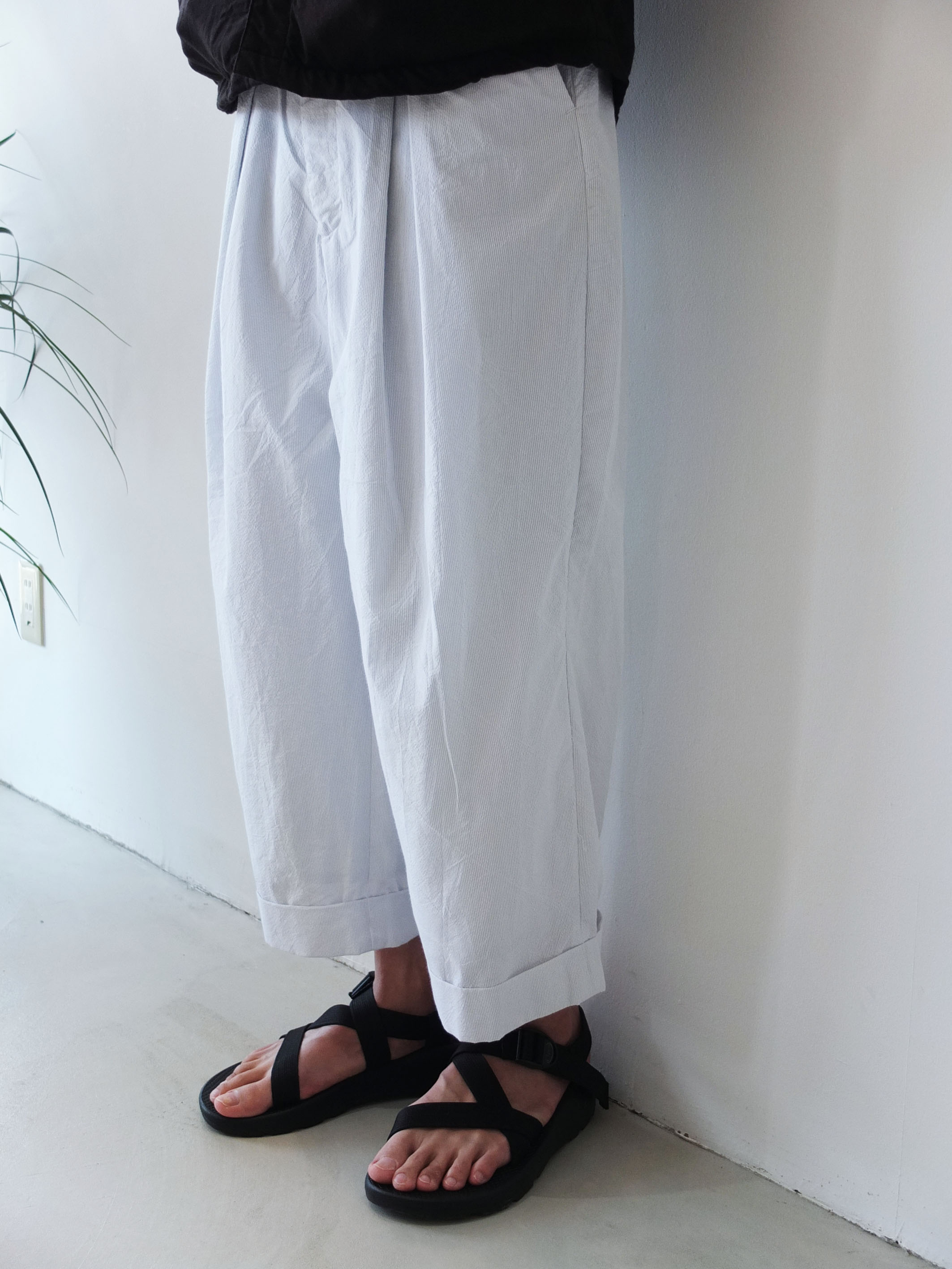 URU_WIDE-PANTS_b