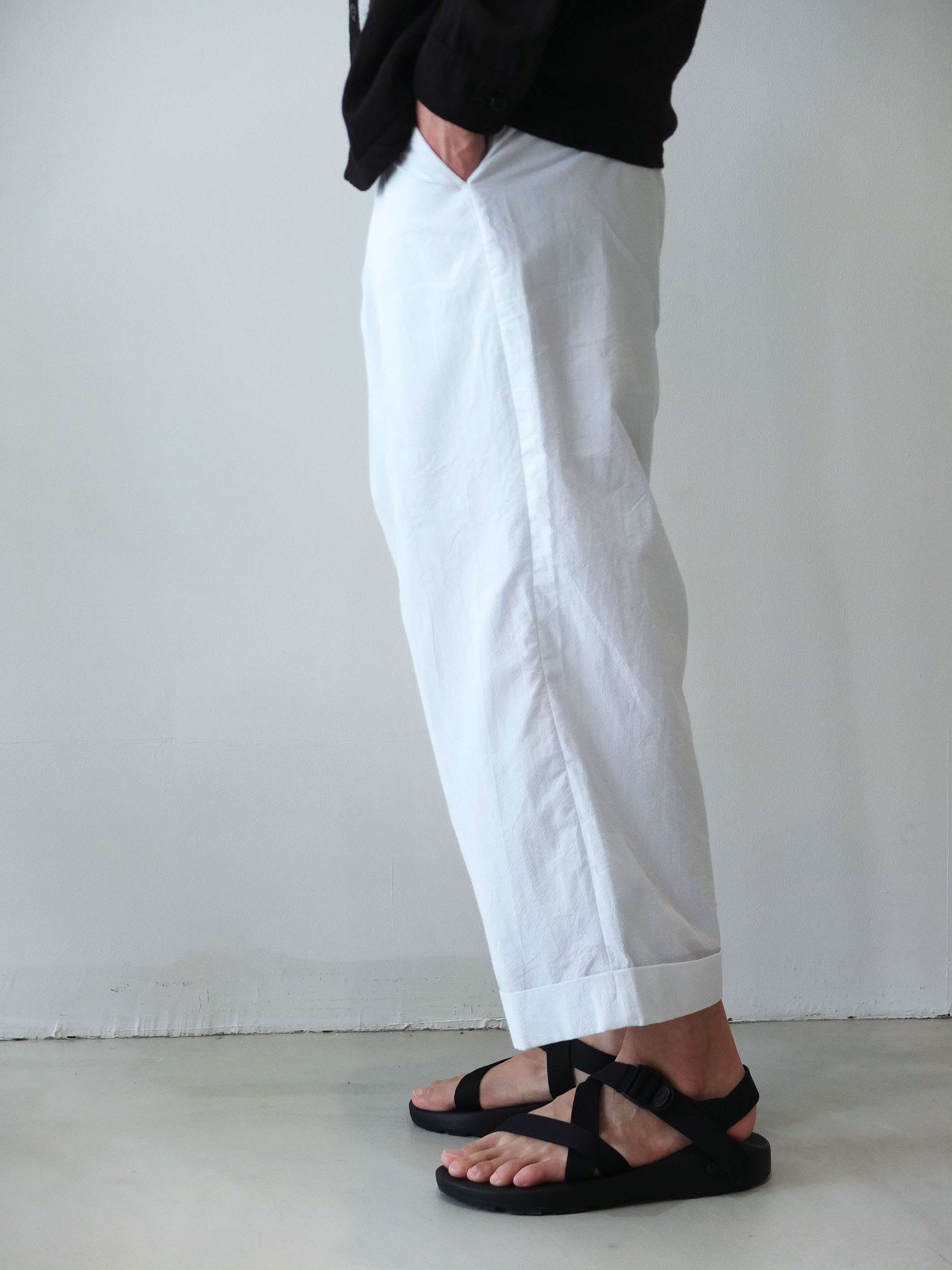 URU_WIDE-PANTS_d