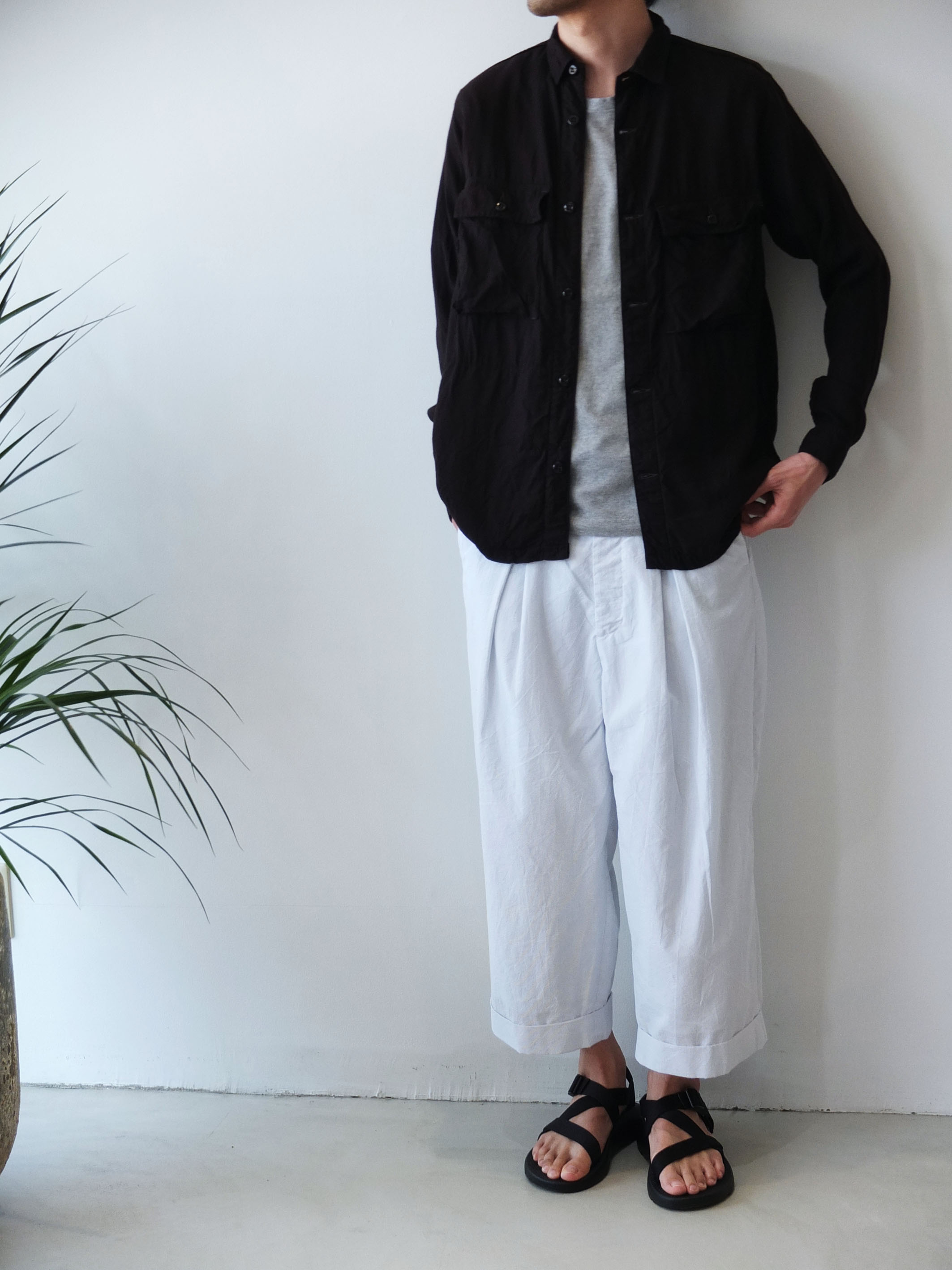 URU_WIDE-PANTS_e